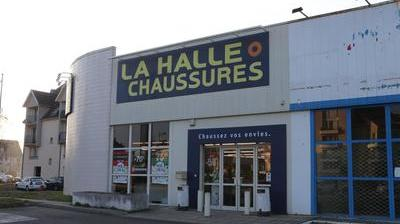 a345a4b75991e0 Vivarte ferme trois magasins dans l'Aube
